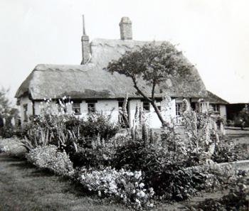 31 Church Road about 1950 [X535/1]